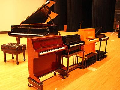 トイピアノ4台